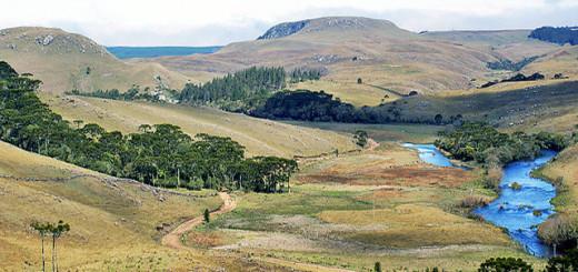 Cânions e uma das paisagens de Cambará do Sul, cidade que faz parte do Complexo Aparados da Serra.
