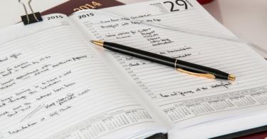 Aprenda a organizar sua rotina de trabalho como corretor de imóveis