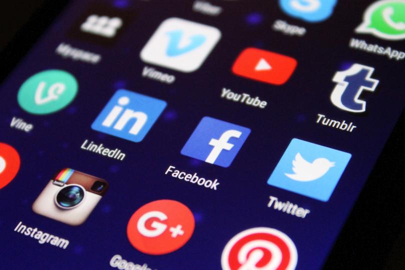tela de dispositivo exibindo ícones de apps